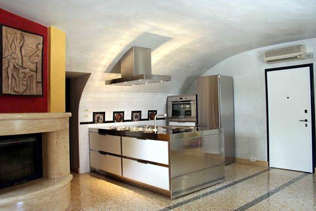 Edelstahl Möbel in der Küche | Edelstahlmöbel | Edelstahlküchen ...